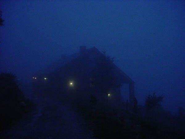 Refugio03203