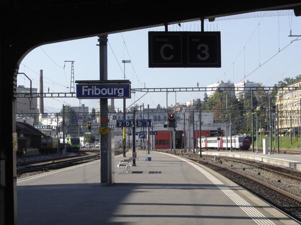 TrainStation04105